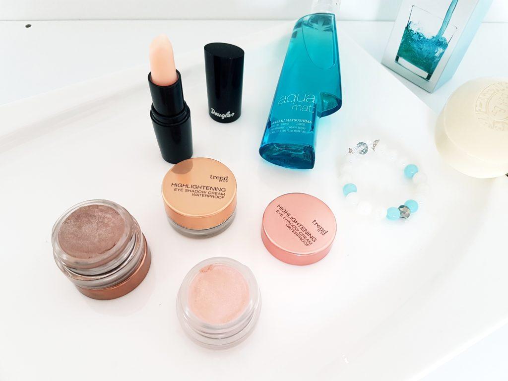 Expres makeup pre maminy
