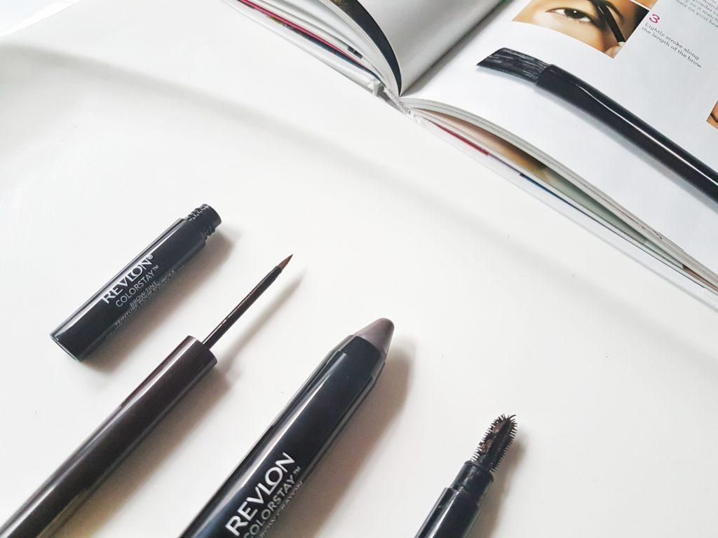 Makeupové produkty na krásne obočie