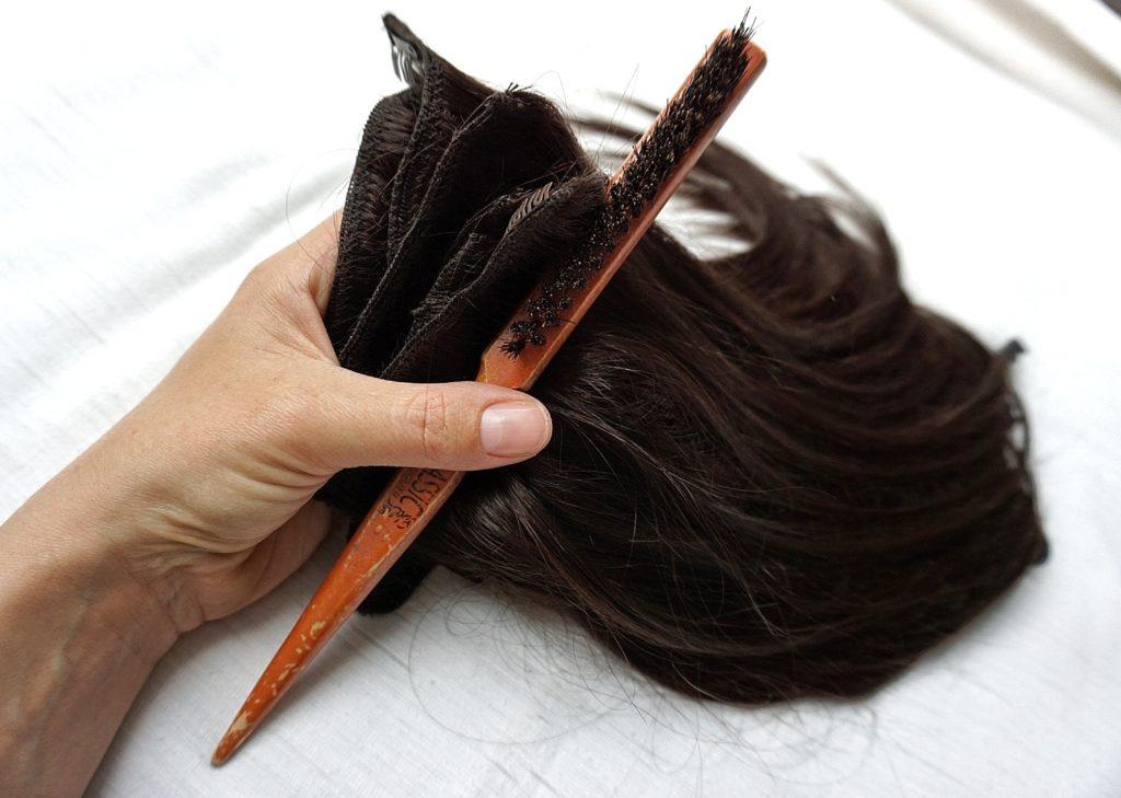 Clip-in vlasy Deluxe dvojité tkanie a hrebeň