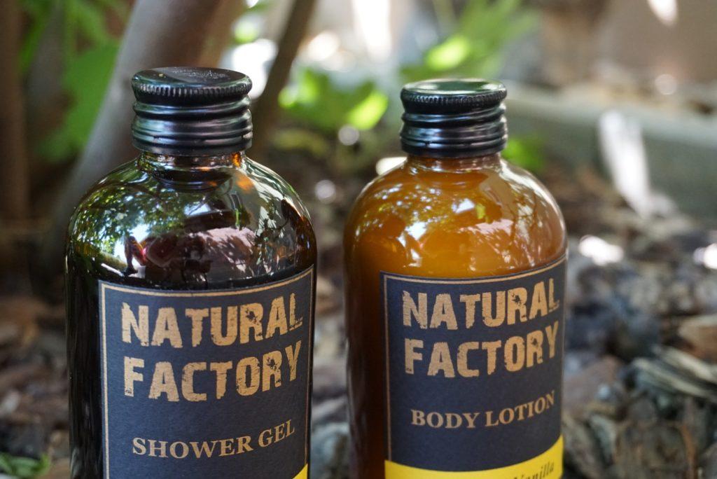 Natural Factory sprchový gél a telové mlieko