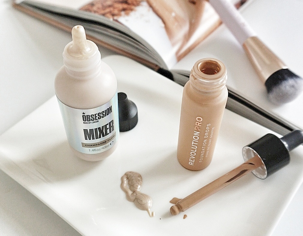 Makeup pro foundation Makeup Revolution