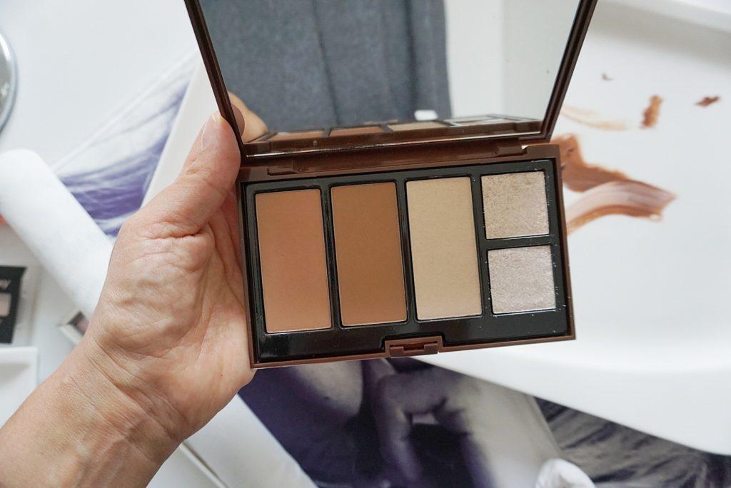 ako napriaviť zlý odtieň makeupu., kontúrovacia paleta Pupa