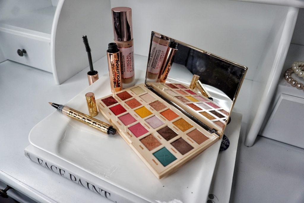 makeup-revolution paleta