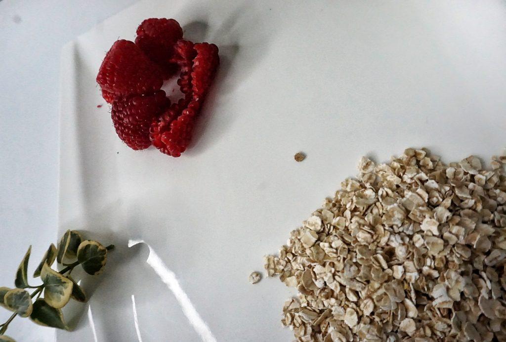 zložky do denného amarantového krému
